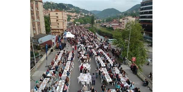 Zonguldak Belediyesinden 3 Bin Kişiye İftar