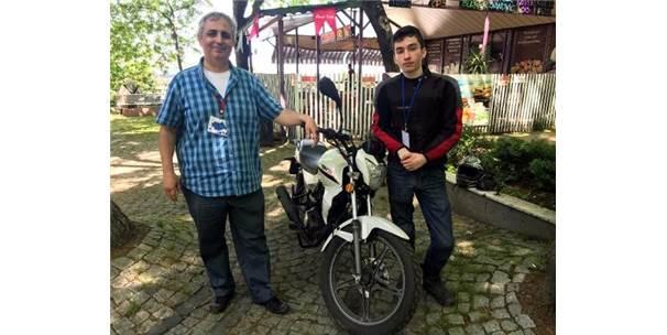Motosikletiyle Kaza Yapınca Hayat Kurtaran Proje Geliştirdi