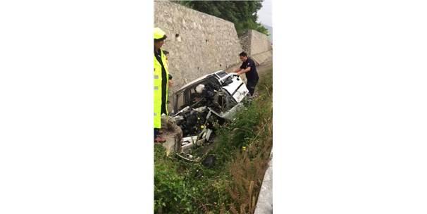 Su Kanalına Devrilen Otomobilin Sürücüsü Öldü