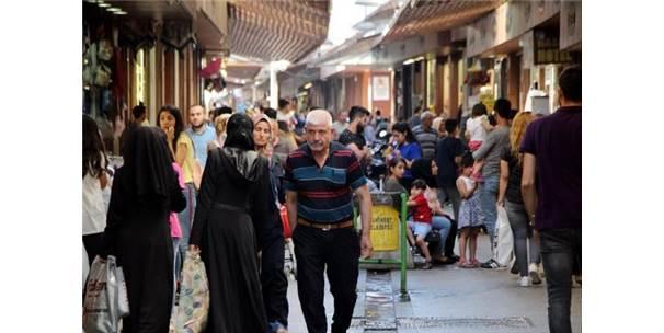 Suriyelilerin Türkiye'deki Tercihi, Sınır Kentleri Oldu