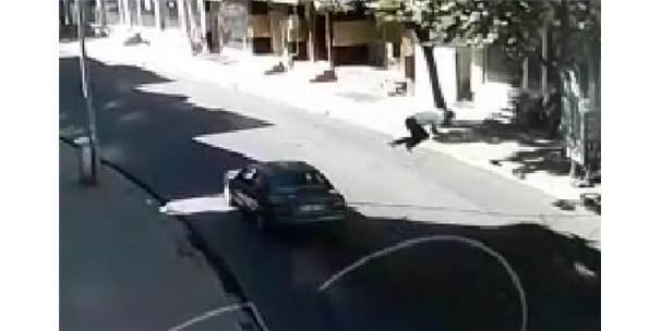 Otomobilin Çarptığı Ahmet Öldü