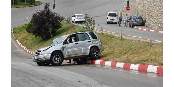 Karabük'te Aynı Yerde 2 Kaza: 1 Yaralı