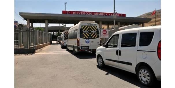 Sınırı Kaçak Geçmek İsterken Yakalanan 61 Kişi Sınır Dışı Edildi