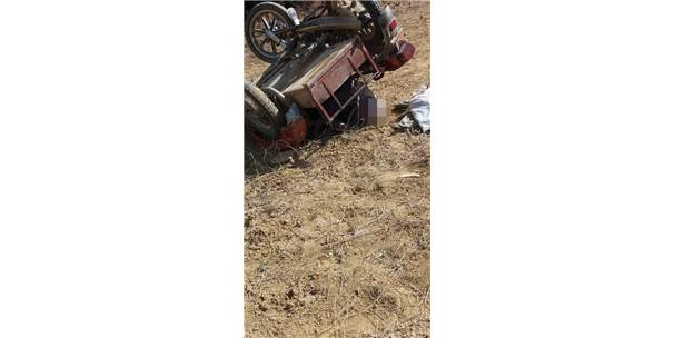 Motosikletin Altında Kalan Yaşlı Adam Öldü