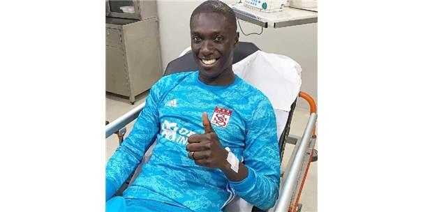 Sivasspor Kalecisi Mamadou Samassa Taburcu Oldu