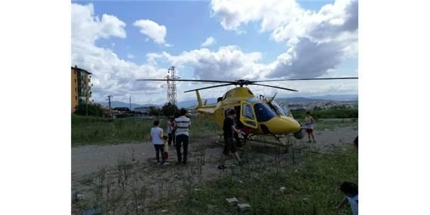 Mahallenin Ortasına İniş Yapan Helikopter Heyecan Yarattı