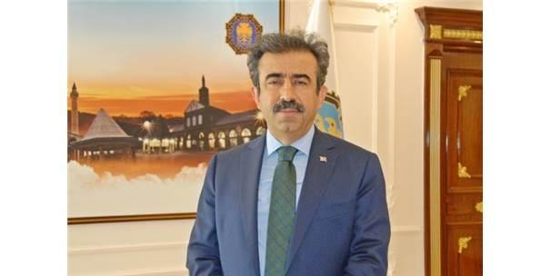 Diyarbakır Valisi Güzeloğlu: Değerlerine Sahip Çıkan Personelle Yola Devam Edilecek