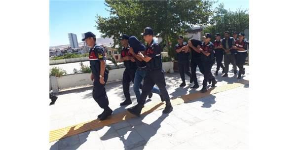 Elazığ'da 3 Çocuk Annesinin Öldürülmesiyle İlgili 2 Tutuklama