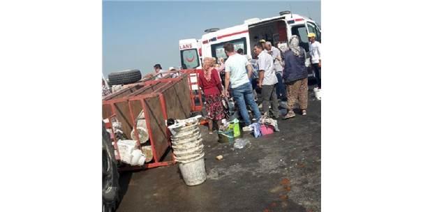Traktörün Römorku Devrildi; 11 Tarım İşçisi Yaralı