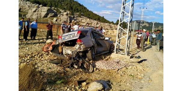 Motosiklet İle Otomobil Çarpıştı: 1 Ölü, 1 Yaralı