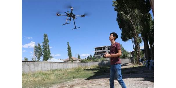 Yüksekovalı Genç, Drone Tasarladı