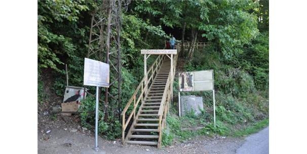 Kuşyakası Yol Anıtı'nı 1 Yılda 500 Bin Kişi Ziyaret Etti