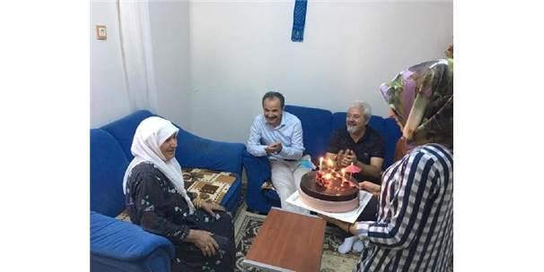 Başkan Kılınç'tan, Emine Teyzeye Doğum Günü Sürprizi