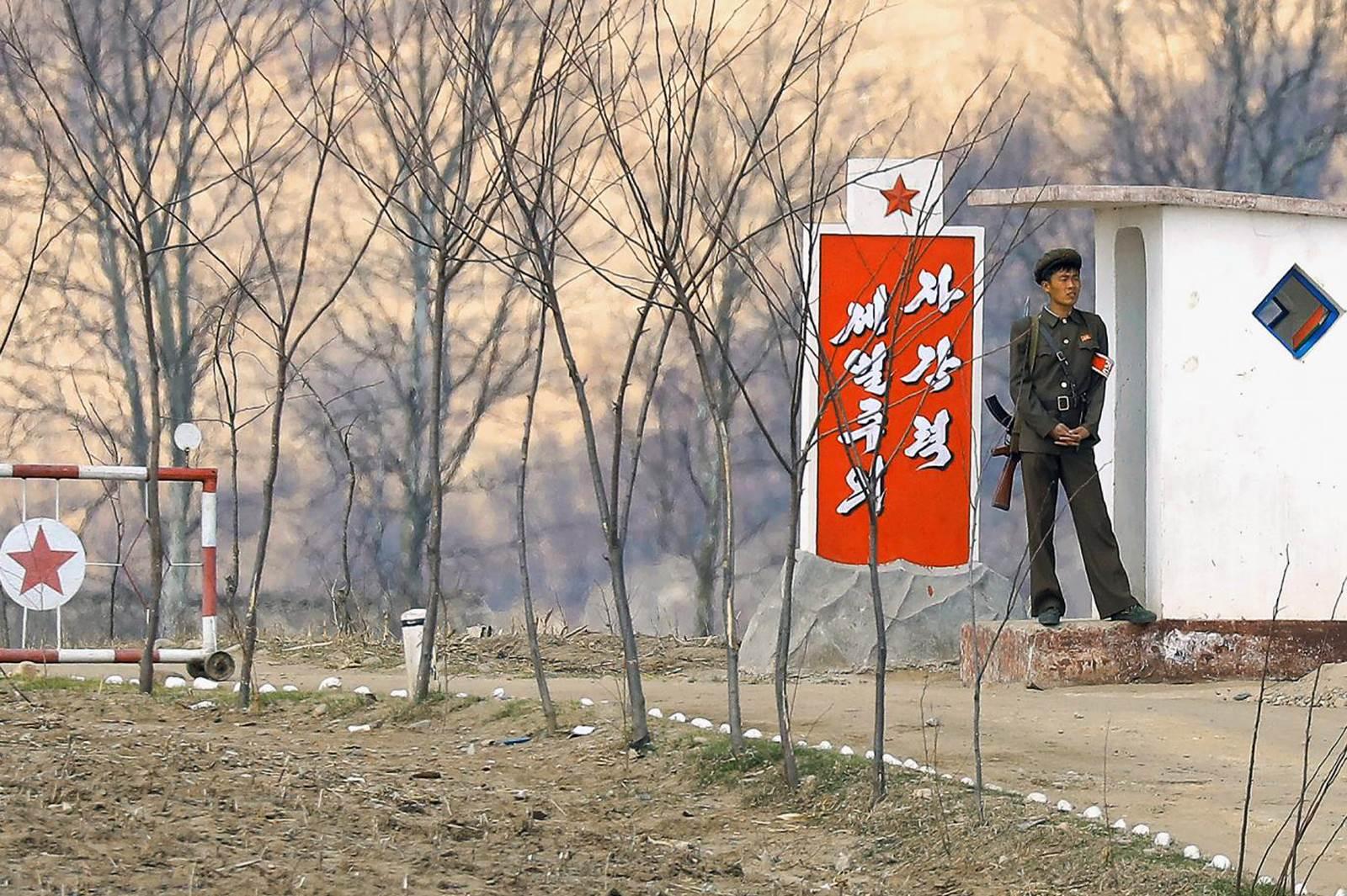Kuzey Kore ile Çin arasındaki sınırın 10 karede özeti