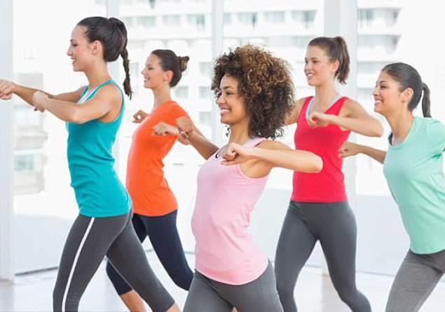 Spor salonunda egzersiz yapmak daha faydalı