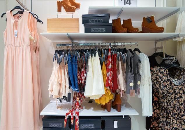 Hızlı moda tüketiminin doğaya olan maliyeti nedir?