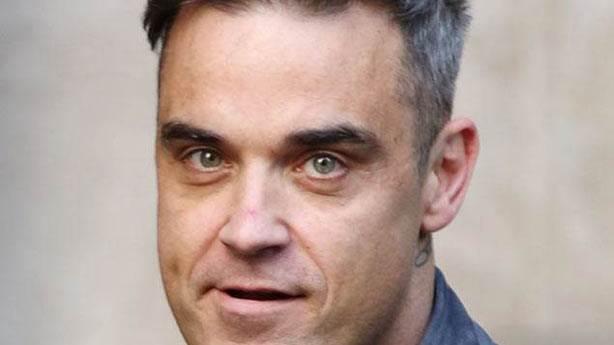 Robbie Williams UFO gördüğünü iddia etti