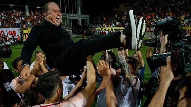 Galatasaray'ın şampiyonluk kutlamalarından notlar