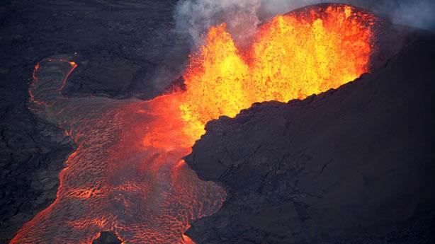 Dünyanın en büyük yanardağı Yellowstone patlamaya mı hazırlanıyor?