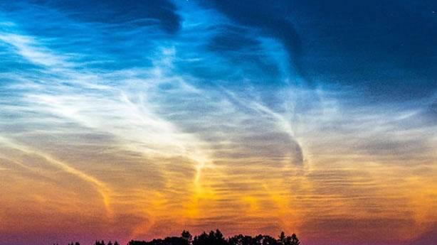 Atmosferdeki gizemli gece bulutları