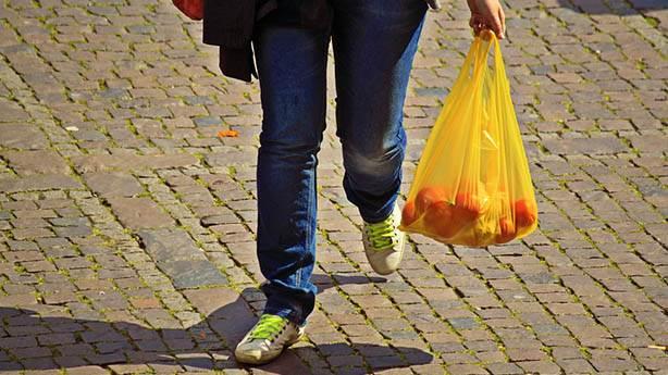 Plastik poşetler 1 Ocak'tan itibaren parayla mı satılacak?