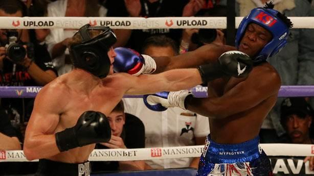 Logan Paul ve KSI ringte kıyasıya mücadele etti