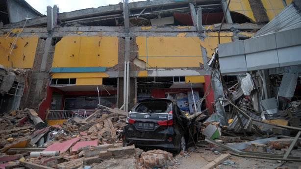 Endonezya'da neden sık sık deprem ve tsunami oluyor?