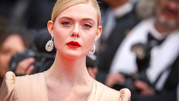 Şık bir başlangıç: Cannes kırmızı halı geçidi