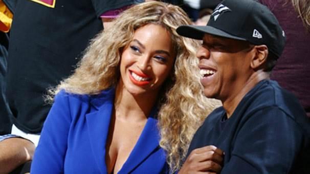 Dünyanın ilk milyarder rap müzisyeni Jay-Z, başarısını neye borçlu?