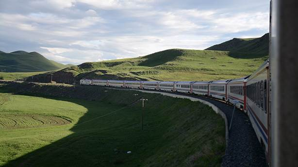 En iyi fotoğrafa 10 bin TL: Doğu Ekspresi 'treni kaçmaz'