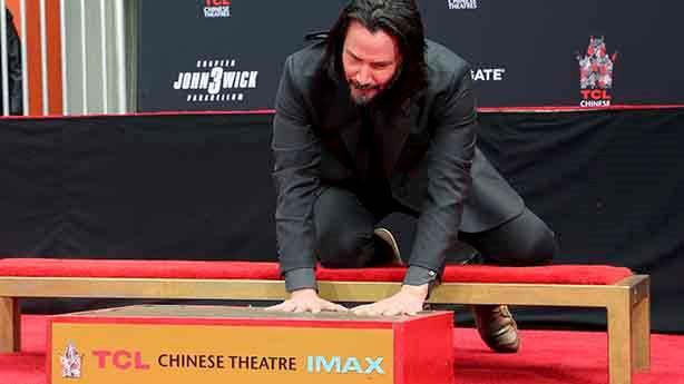 Keanu Reeves, internetin yeni sevgi odağı oldu
