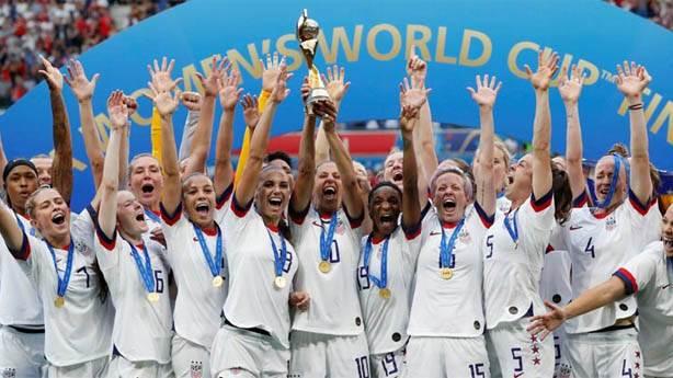 Kadın futboluna yatırım: Bir branşın yükselmesi için bayrak oyuncu şart