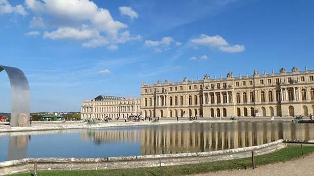 Kral 14. Louis döneminde Versay Sarayı'nın sırları