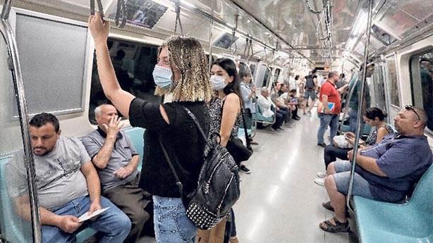 Metroda maske takanları tuhaf bulmamalıyız