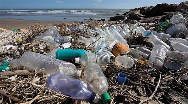 Plastik şişede su satışı yasaklanmalı mı?