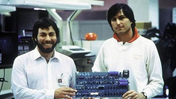Steve Jobs'un fazla rahat arkadaşı Steve Wozniak