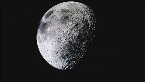 Ay'da yaşam mümkün olacak: Kumdan hava üretiyorlar