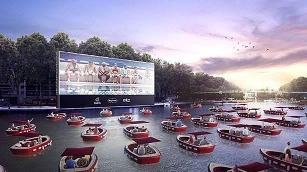 Paris'te 'yüzen sinema' fikri karşılık görür mü?