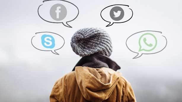 Sosyal medyanın en kötü yanı: Ünlülere söz ithaf etmek