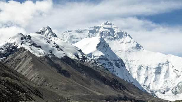 Uçaklar neden Tibet üzerinden uçamaz?
