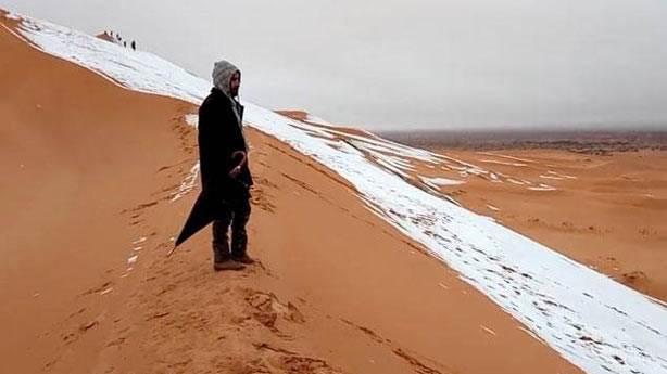 2. Sahra Çölü'ne zaman zaman kar da yağıyor