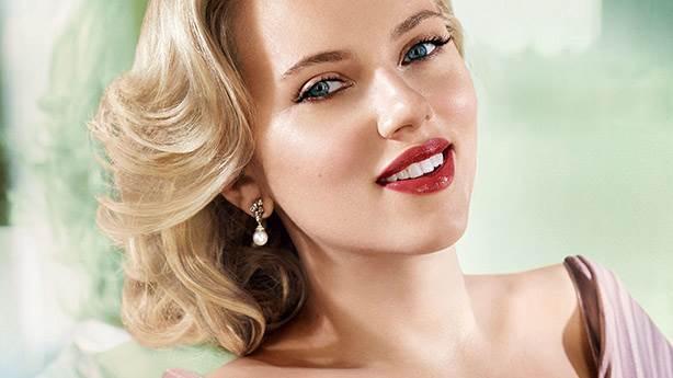 3- Scarlett Johansson'a adanmış şarkı...