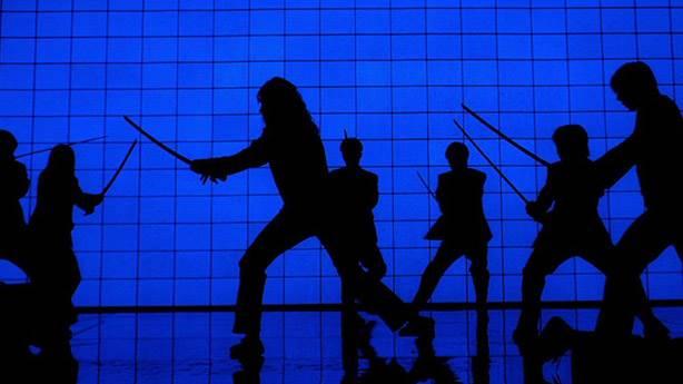 10- Kill Bill - Mavi silüetlerin kavgası