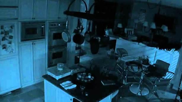 17- Paranormal Activity 2, 2010, IMDB Puanı: 5.7