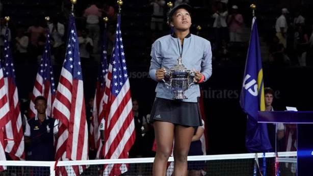 Sen annesin de Osaka'nın annesi yarasa mı Serena?