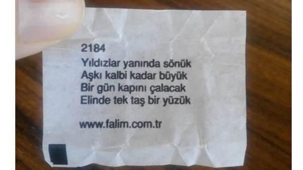 Aleyna Tilkinin Yeni şarkısı Dipsiz Kuyum Kamyon Arkası Sözü Gibi Mi