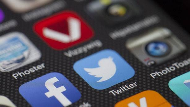 Sosyal medyanın tartışma zemini hatalı