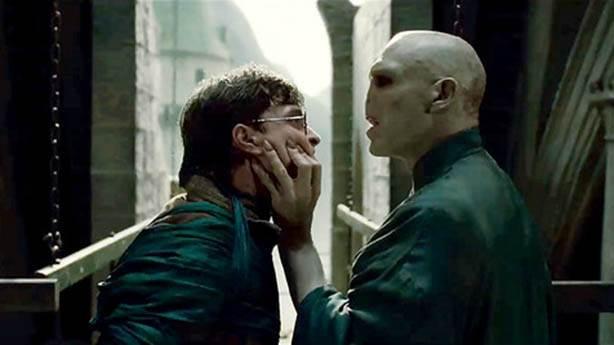 """1. """"Sen kimseyi sevemezsin, sevmeyeceksin!"""""""