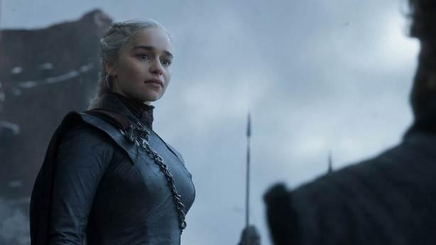 1- Daenerys Targaryen neden bu kadar saçma bir şekilde öldü?