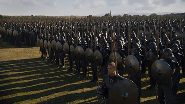 7- Dothraki neden Greyworm ve Unsullied'i takip etti?